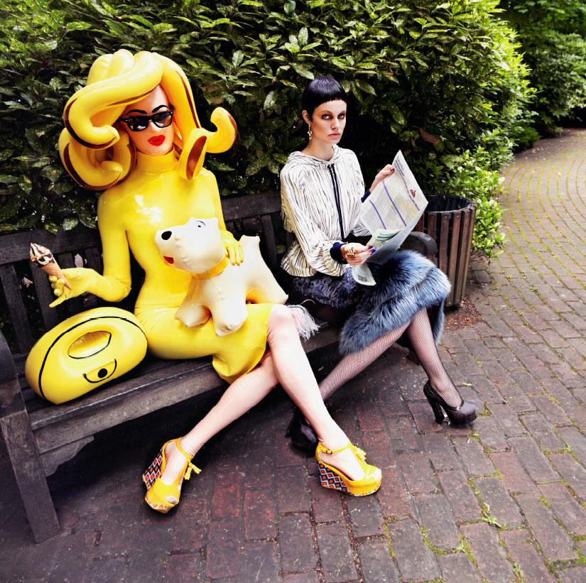 Pandemonia traje amarillo