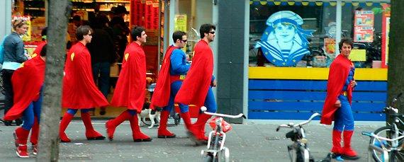 disfraz-de-supermans-para-despedidas-de-soltero2