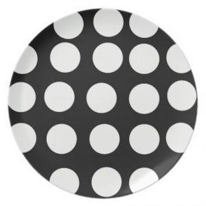 Platos negros puntos blancos 18cm 8 und