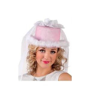 Sombrero de novia con velo