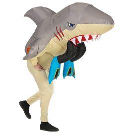 Disfraz ataque tiburon